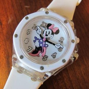 Disney Accutime Minnie Mouse watch